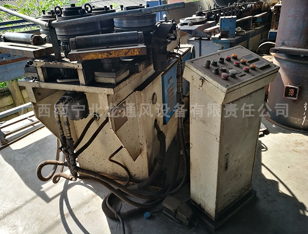 圆法兰生产设备